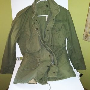 Authentic vintage military field jacket M-65